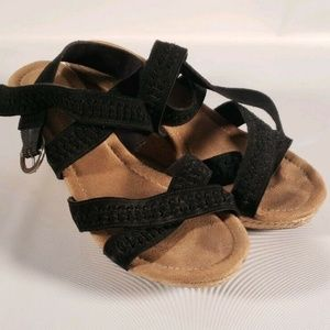 Minnetonka Black Wedge Strappy Sandals